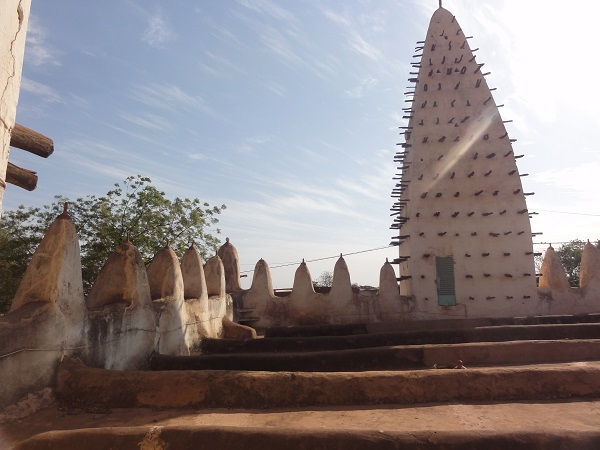 Rooftop of mud mosque in Bobo Dioulasso